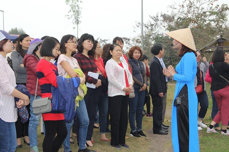 Học chứng chỉ hướng dẫn viên du lịch